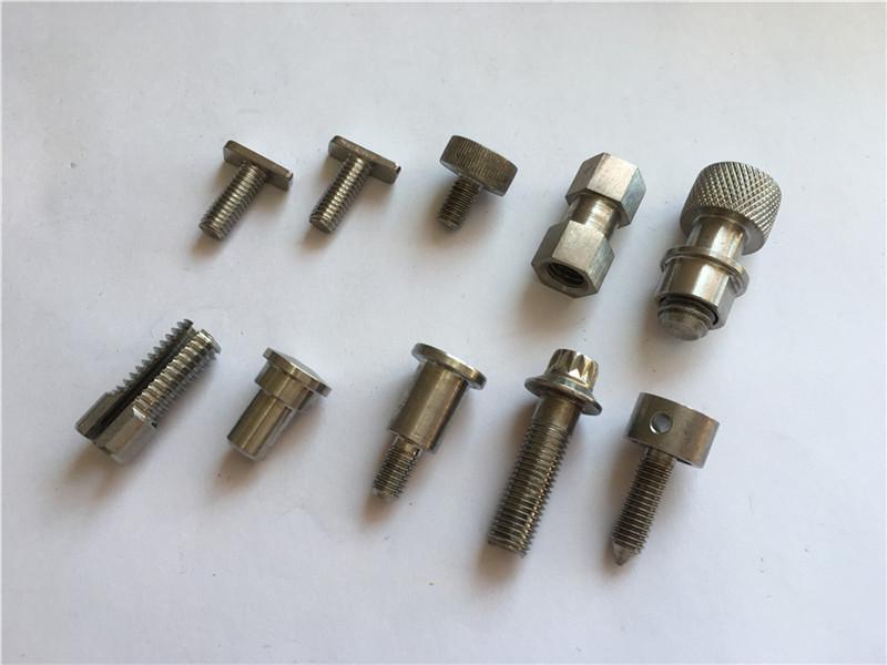 napili nga hatag-as nga katukma nga nonstandard screw, stainless steel cnc machining screw